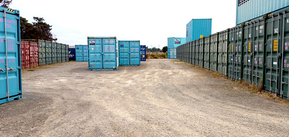Amazing As You Can See From The Images Below, Thereu0027s Plenty Of Space In The Yard  To Pull Your Vehicle And Trailer Right Up To The Doors Of Your Container.